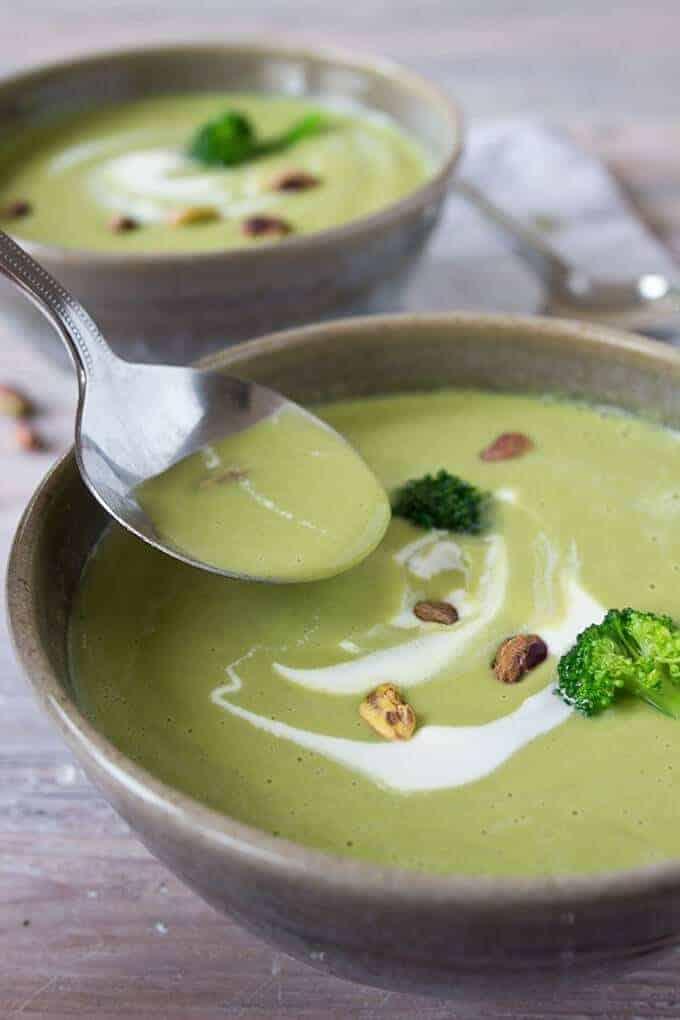 Supa crema cu broccoli si fistic pentru diabetici